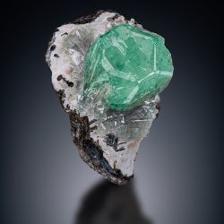 RT026 Demantoid